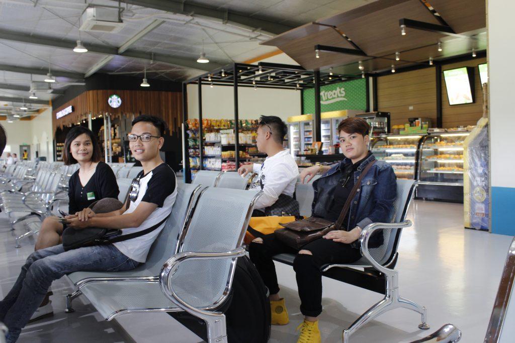 Phòng chờ tại sân bay Caticlan