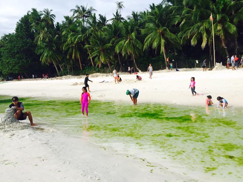 Biển ở Boracay có đẹp không?