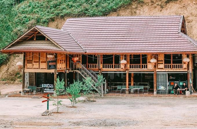Bụi Homestay, Đồng Văn