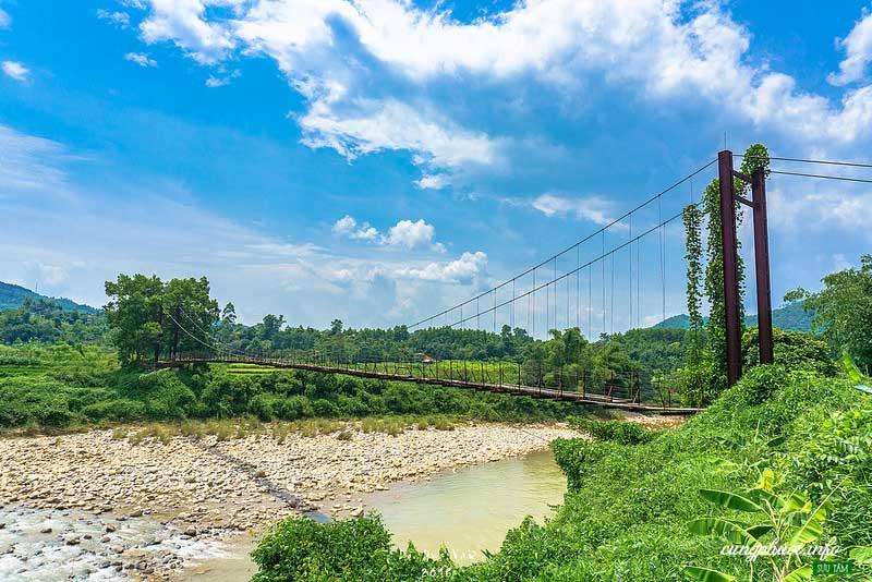 Cầu treo Nà Làng (Ảnh – vanne88_dreamerz)