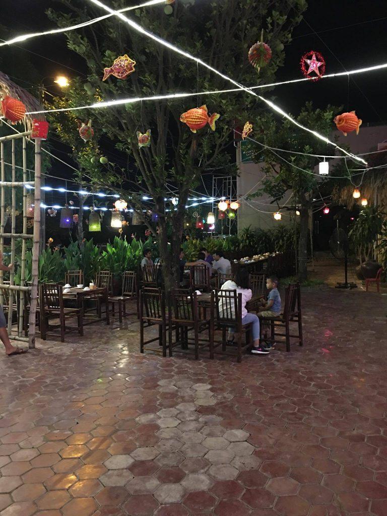 Nhà hàng Chợ Quán Quê , Ninh Bình. Ảnh: FB Chợ Quán Quê