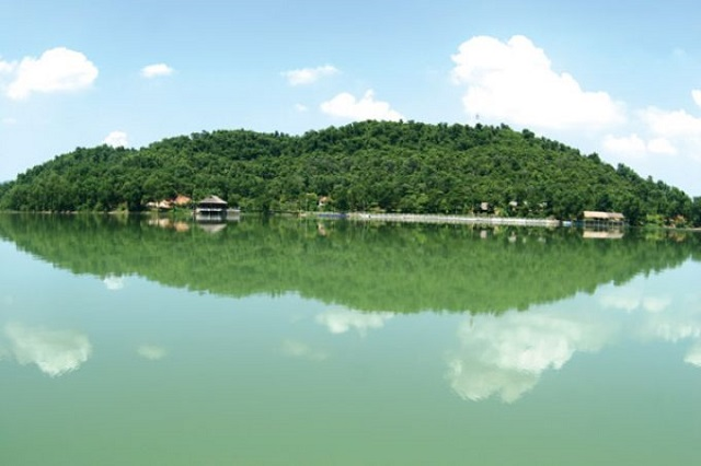 Hồ Núi Cốc, Địa điểm du lịch ở Thái Nguyên
