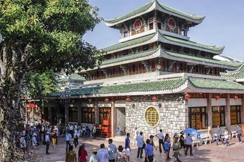 Miếu Bà Chúa Xứ Núi Sam - địa điểm du lịch ở An Giang
