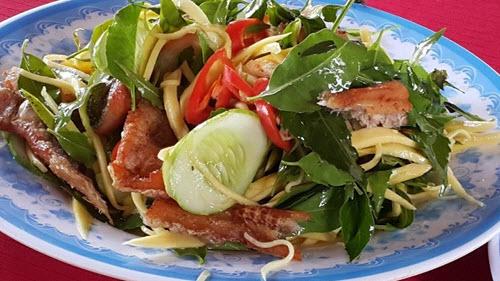 gỏi sầu đâu - món ăn phải thử khi đi du lịch An Giang