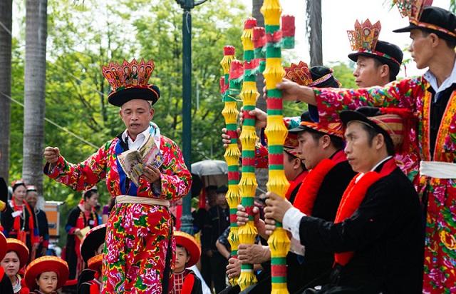 Lễ hộ cầu mùa - thời điểm du lịch Thái Nguyên thích hợp