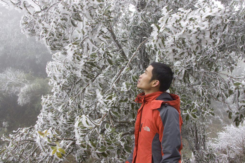 Du lịch Sapa vào mùa đông, bạn sẽ có cơ hội được ngắm tuyết rơi. Ảnh Ông Địa