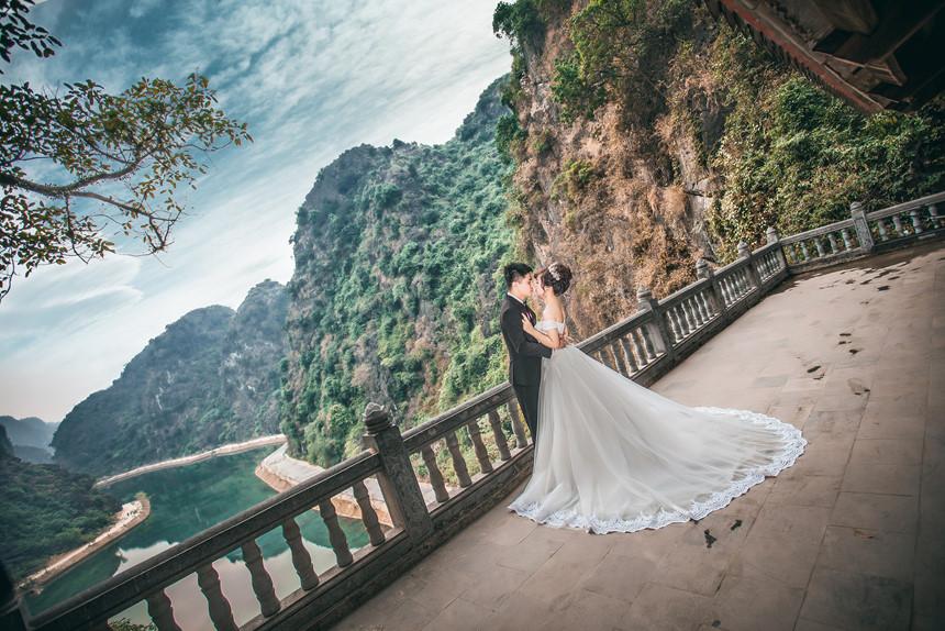 """""""Tuyệt tình cốc"""" Ninh Bình là địa điểm được nhiều bạn trẻ chọn là nơi chụp ảnh cưới. Ảnh Internet"""