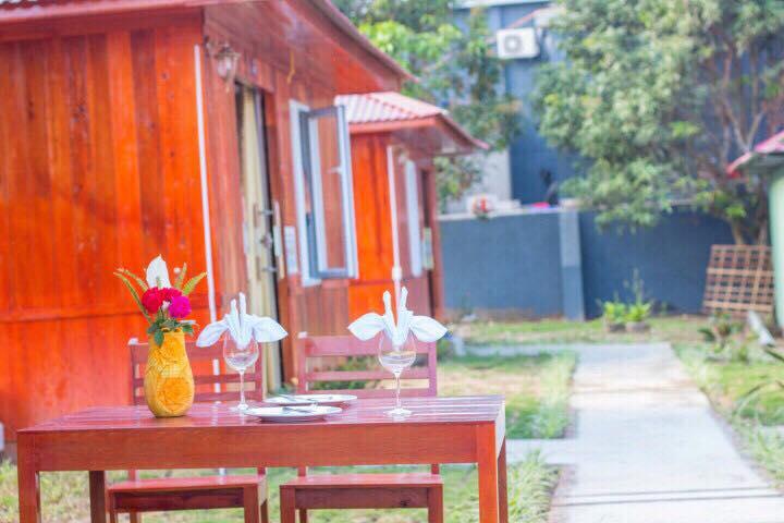 Nhà Gỗ Phương Thanh bãi Hồng Vàn