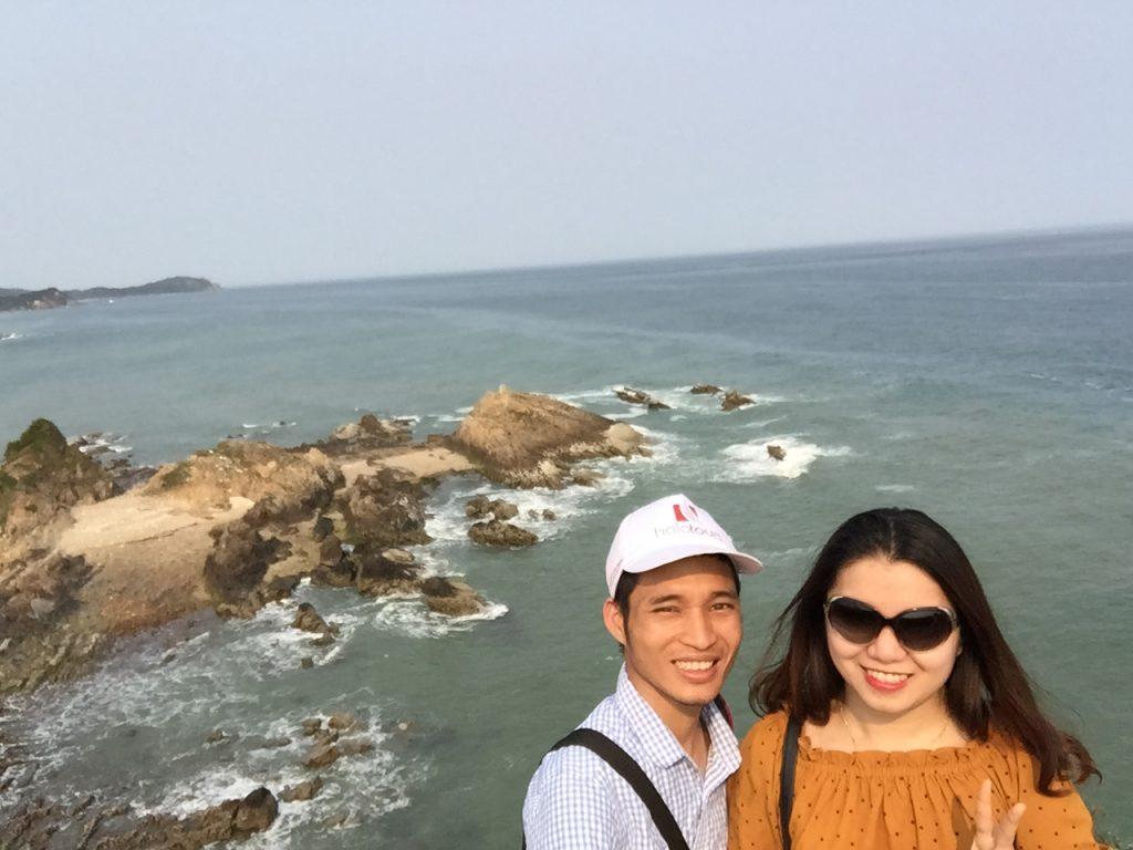Xin chụp ké được cùng du khách đến Bãi Cầu Mỵ