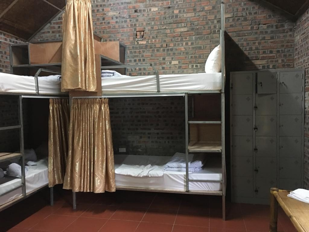 Giường tầng ngủ tập thể của Tam Cốc Bungalow