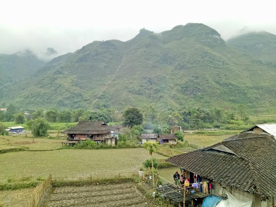 Toàn cảnh ngôi làng Du Già