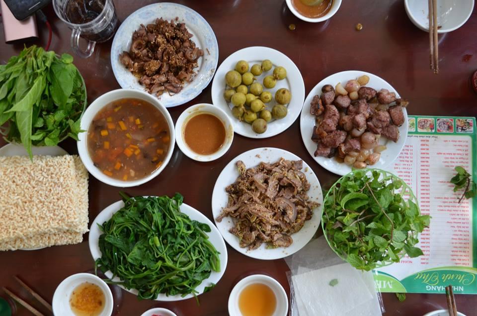 Đắc sản dê núi Ninh Bình - nhà hàng Chính Thư