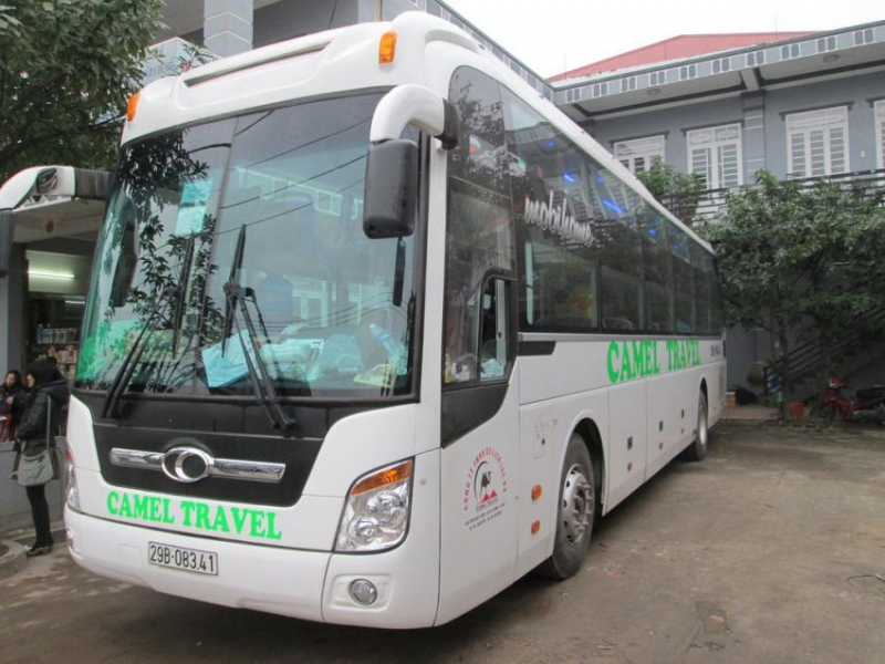 get from Ha Noi to Hue by bus Camel Travel